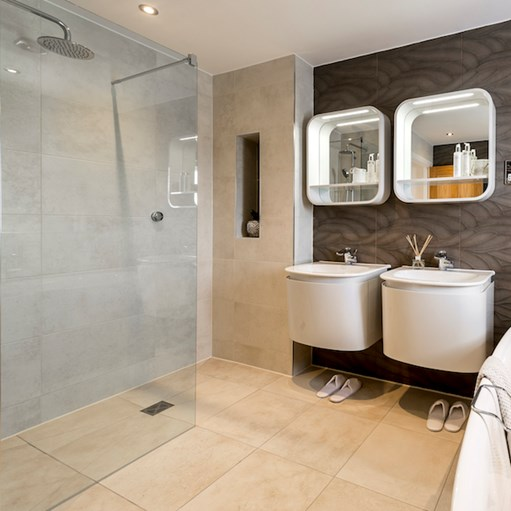 level access shower tiled floor modern